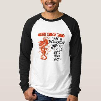 Mann in der Diktatur… T-Shirt