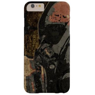 Mann mit Schutzmaske auf dunklem Metallplatten Barely There iPhone 6 Plus Hülle