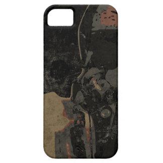 Mann mit Schutzmaske auf dunklem Metallplatten Etui Fürs iPhone 5