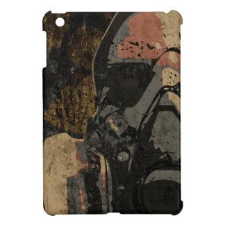 Mann mit Schutzmaske auf dunklem Metallplatten iPad Mini Hülle