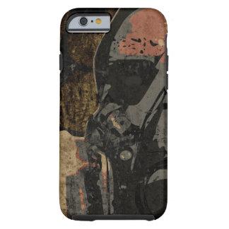 Mann mit Schutzmaske auf dunklem Metallplatten Tough iPhone 6 Hülle
