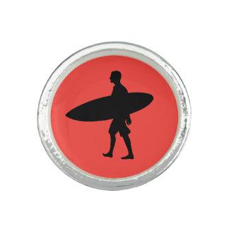 Mann-tragendes Surfbrett Ring