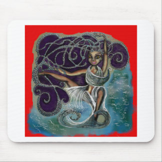 Margarita wickelte im ewigen Wasser ein Mousepad
