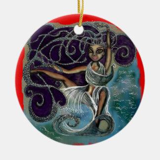 Margarita wickelte im ewigen Wasser ein Rundes Keramik Ornament
