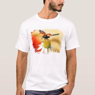 Marienkäfer auf Blume 2 T-Shirt