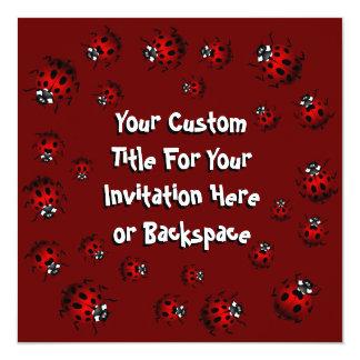 Marienkäfer-Einladungs-personalisiertes rotes Quadratische 13,3 Cm Einladungskarte