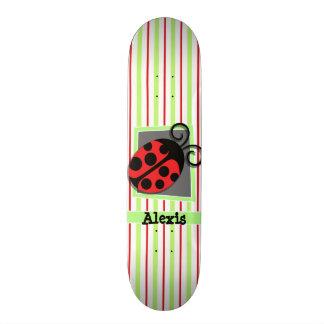 Marienkäfer; Rote und Limone grüne Streifen Personalisiertes Skateboarddeck