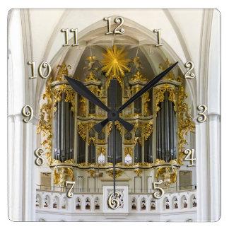 Marienkirche, Berlin-Wanduhr Quadratische Wanduhr