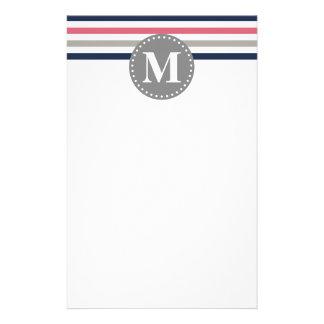 Marine-Blau-Rosa-gestreiftes Muster-Monogramm Briefpapier