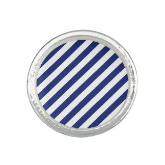 Marine-Blau-und weißesdiagonales Streifen-Muster Ring
