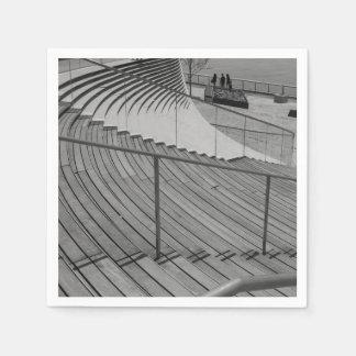Marine-Pier-TreppeGrayscale Papierserviette