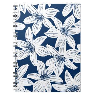 Marine und weißer tropischer Hibiskus Notizblock