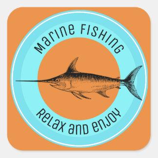 Marinefischen entspannen sich und genießen quadratischer aufkleber
