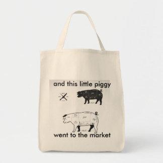 Markt-Schinken zerteilt Einkaufstaschen