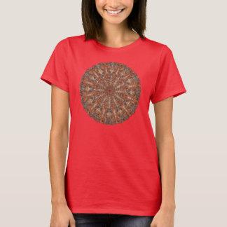 Marokkanisches Mandalamuster in den T-Shirt