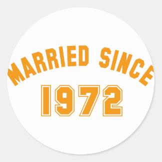 married 1972 runder aufkleber