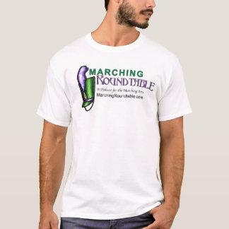 Marschierender runder Tisch grundlegende T T-Shirt