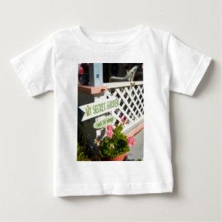Marthas Weinberg 44 Baby T-shirt