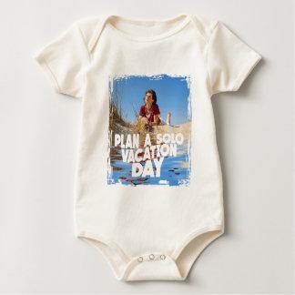 März erster - planen Sie einen allein Ferien-Tag Baby Strampler