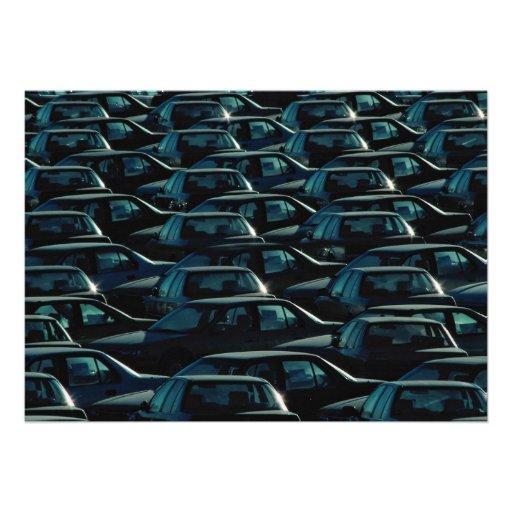 Masse der importierten Autos im Speicherdepot, Tor Individuelle Ankündigung