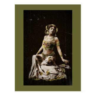 Mata Hari im Harem-Kostüm Postkarte