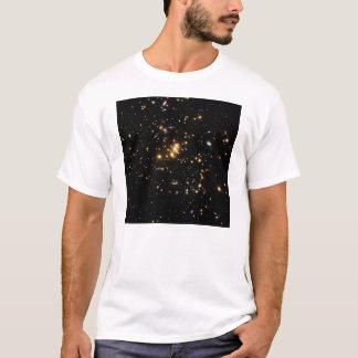 Materie-Ring im Galaxie-Gruppen-Cl 0024 17 T-Shirt