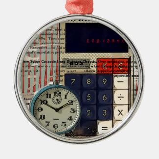 Mathefinanzberater-Buchhaltertaschenrechner Rundes Silberfarbenes Ornament