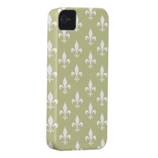 Matt-Gold u. weißes Lilien-Muster Case-Mate iPhone 4 Hülle
