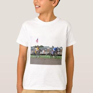 Mattierte Schläge Eisen-Faust T-Shirt