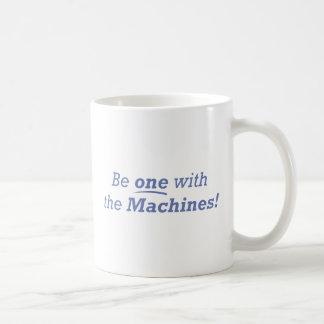Mechaniker/einer Kaffeetasse