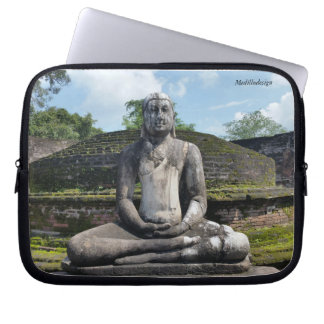 Medilludesign - Buddha-Statue Laptopschutzhülle
