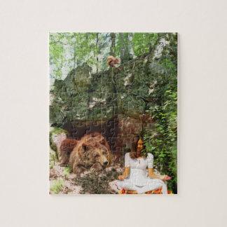 Meditation mit einem Bärn-Totem-Puzzlespiel Puzzle