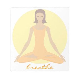 Meditierende Frau Notizblock