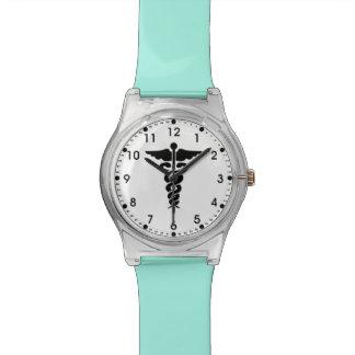 Medizinische Symbol-Krankenschwestern und Doktoren Armbanduhr