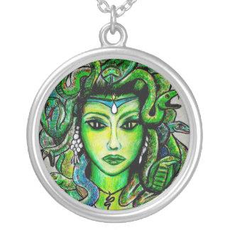 Medusa-Kunst-Halskette Versilberte Kette