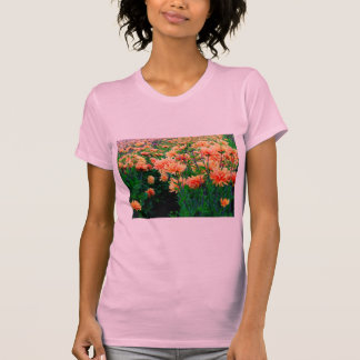Meer der Dahlien T-Shirt