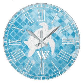 Meeresschildkröte-blaues Seeglas-Monogramm Große Wanduhr