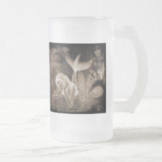Meerjungfrau-Brown-Negativ des Mattglas Bierglas