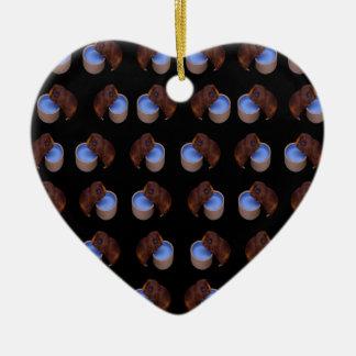 Meerschweinchen-stehendes trinkendes Muster, Keramik Ornament