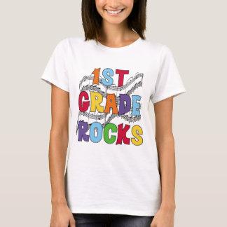 Mehrfarben1. Grad schaukelt T-Shirts und Geschenke