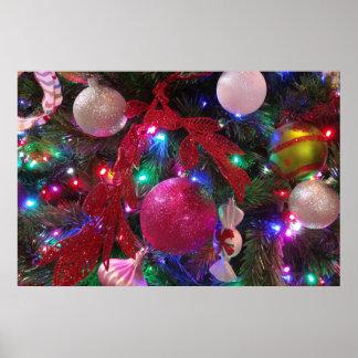 Mehrfarbenweihnachtsbaum-bunter Feiertag Poster