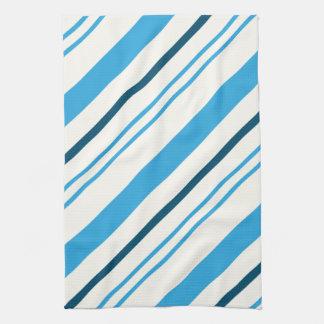 mehrfarbige blaue Streifen auf weißem Hintergrund Küchentuch