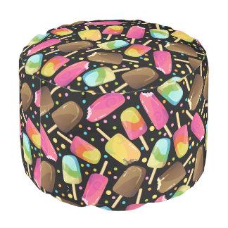 Mehrfarbige Eiscreme Popsicles besprüht Muster Hocker
