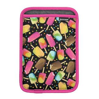 Mehrfarbige Eiscreme Popsicles besprüht Muster iPad Mini Sleeve