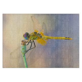 Mehrfarbige Libelle Schneidebrett