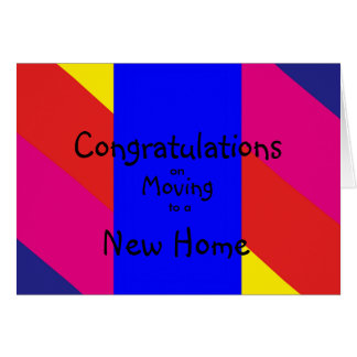Mehrfarbiger Glückwunsch, der auf neues Zuhause Karte