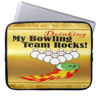 Mein Bowling/trinkenden Teamfelsen Laptop Sleeve