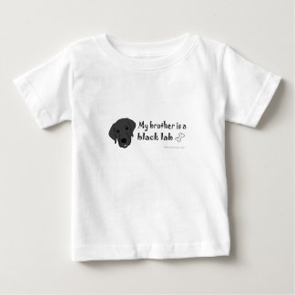 mein Bruder ist ein schwarzer Labrador Baby T-shirt