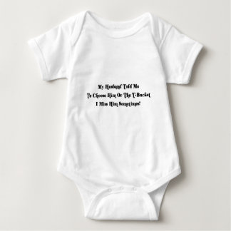 Mein Ehemann bat mich, zwischen ihm oder der T zu Baby Strampler