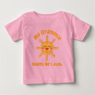Mein Grammie lässt mich lachen Baby T-shirt